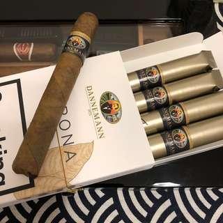 Dannemann Corona Cigar 雪茄
