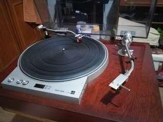 Turntable for ur amplifier speaker