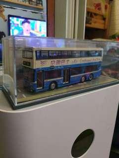 巴士模型(本人有十部巴士,如全買只需1200元)