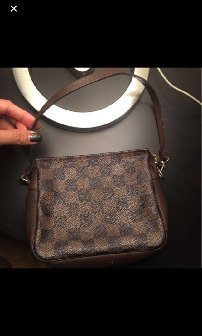 4225dd54b9a17 Authentic Louis Vuitton LV Damier Ebene Pochette Trousse Dopp mini ...