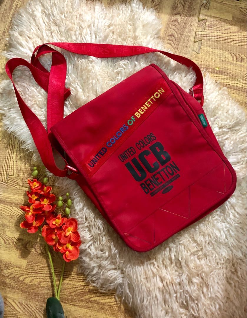 0bf24522903 Authentic United Colors Of Benettons sling bag Unisex