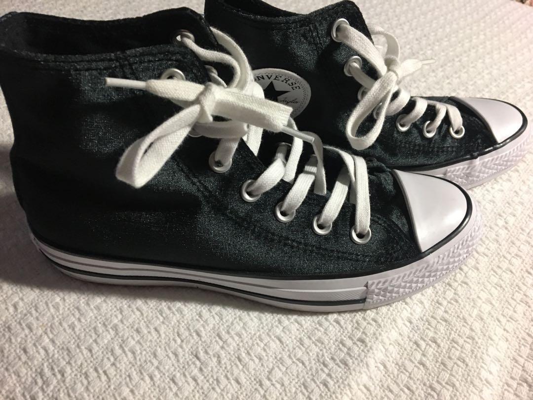 Converse Chuck Taylor - All Star Velvet high-top sneaker