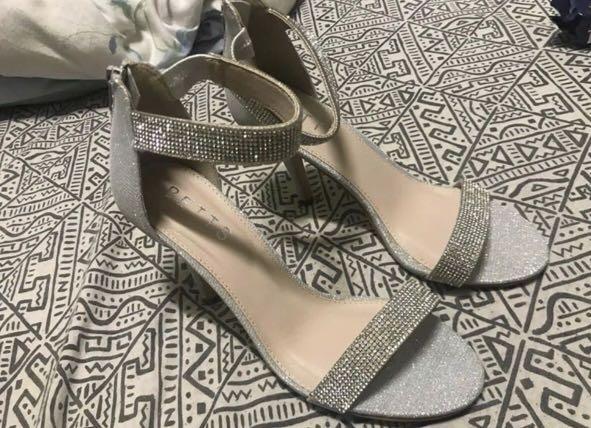 Diamonte / Diamond / Glitter Heels - Size 8 (fits 9 better)