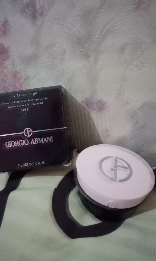 GIORGIO ARMANI TO GO CUSHION
