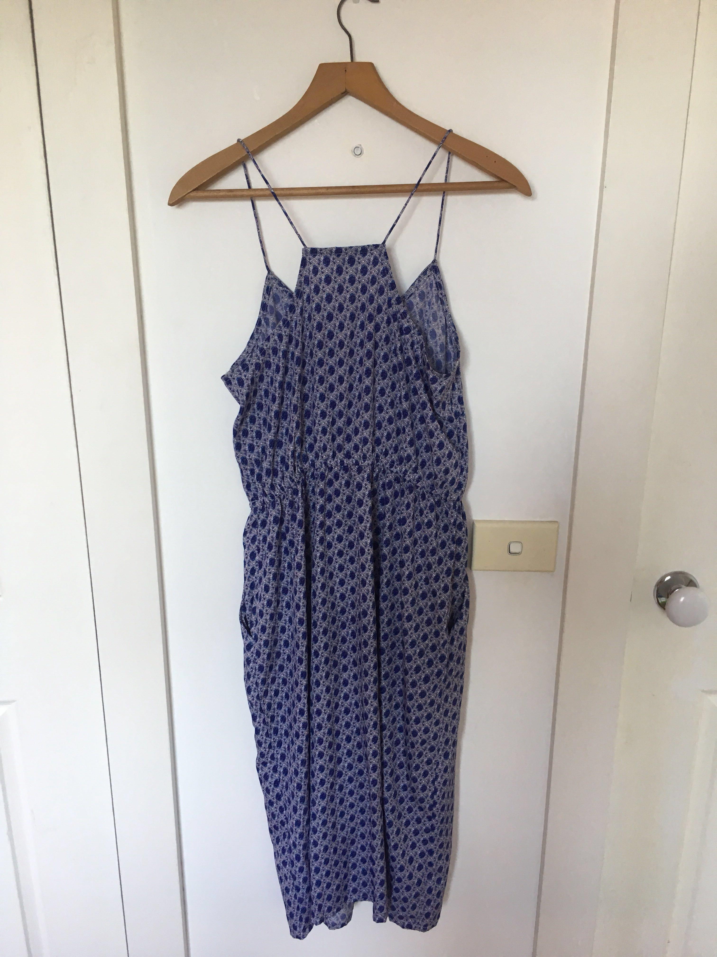 H&M blue racerback patterned midi dress (with pockets)