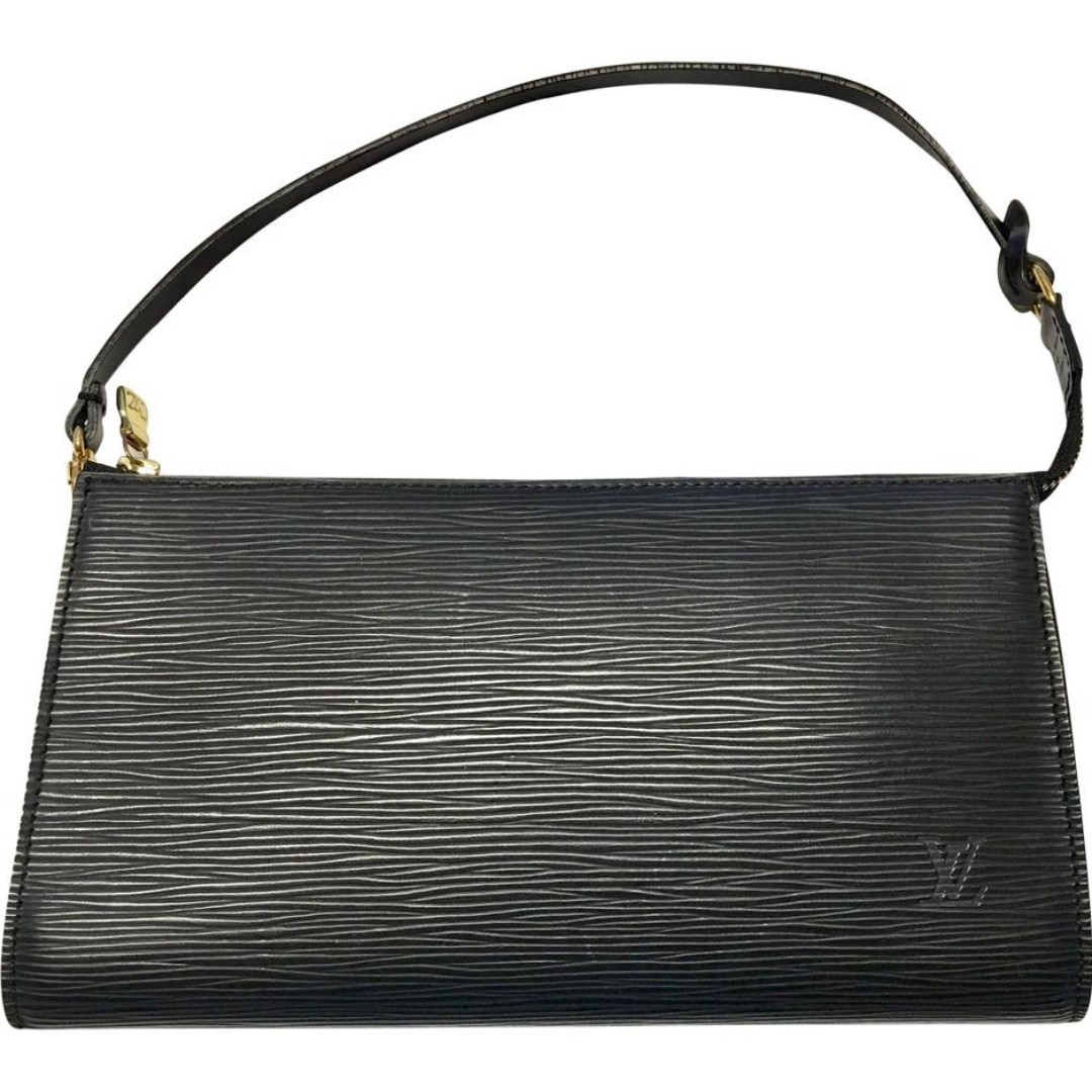 cbfe9da3cede Authentic Louis Vuitton Black Epi Leather Pochette Handbag