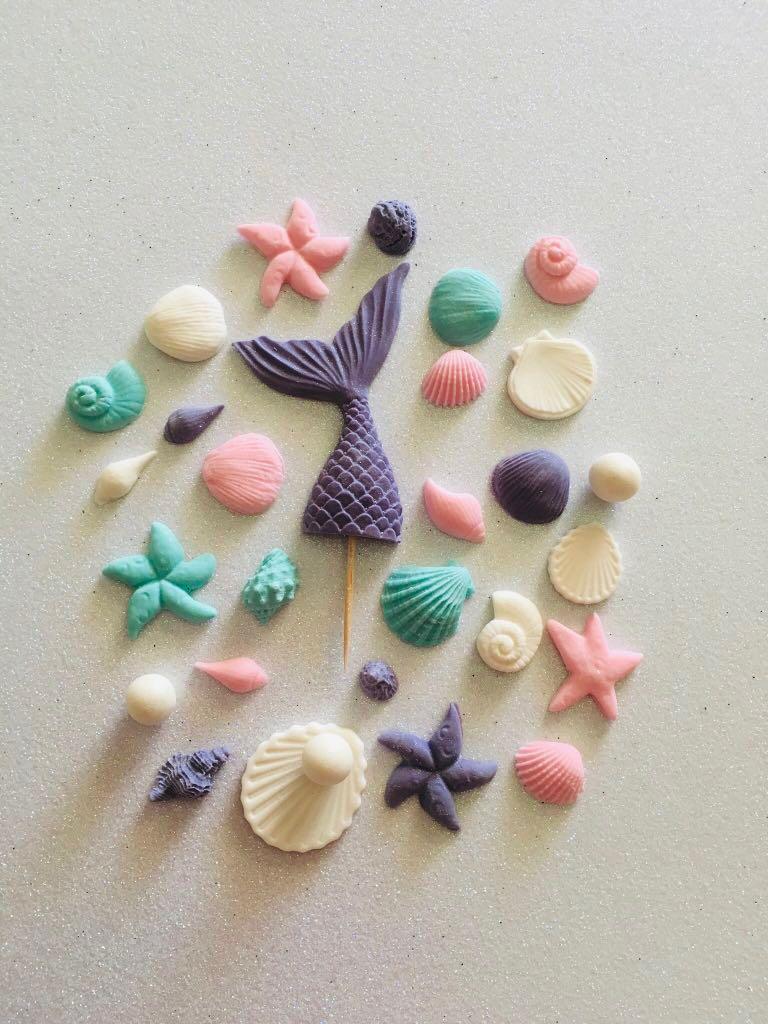 Mermaid tail & seashells edible cake toppers decoration