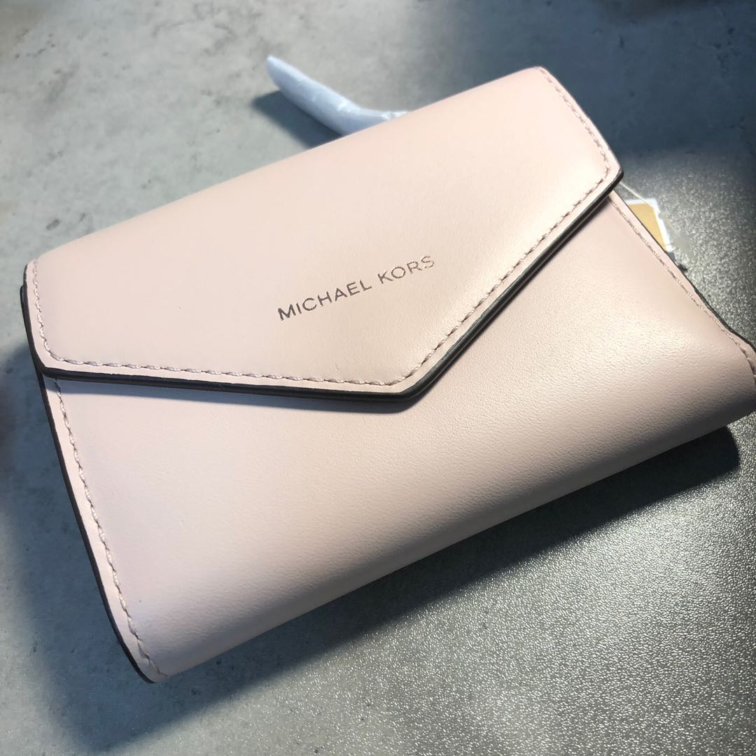 e59754424320 Michael Kors Small Leather Envelope Wallet, Luxury, Bags & Wallets, Wallets  on Carousell