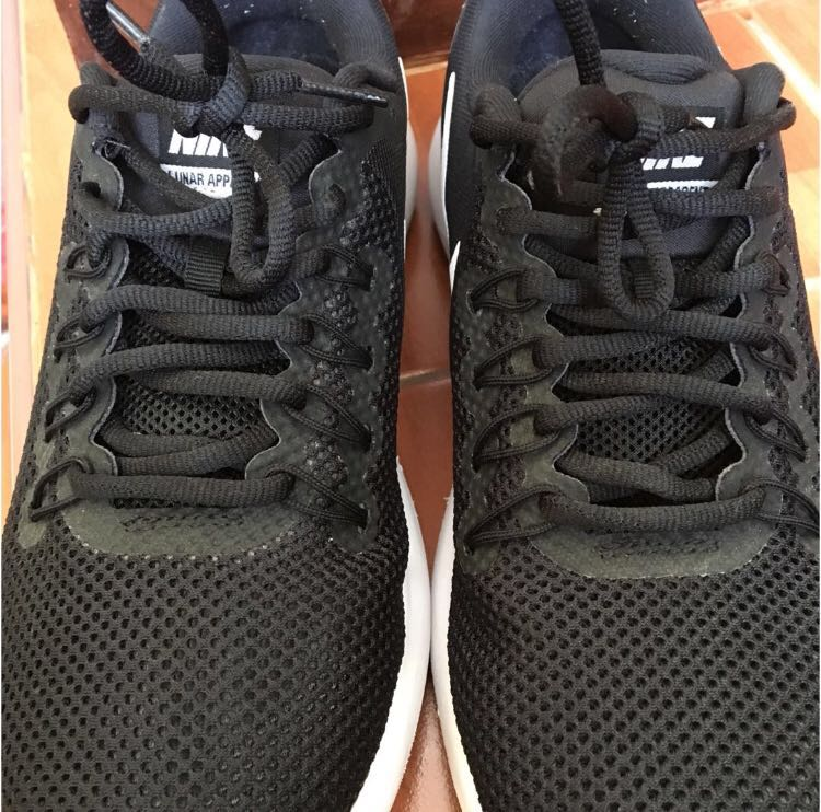 reputable site 93f60 2f2ce NIKE LUNARLON RUNNING SHOES, Women s Fashion, Shoes on Carousell