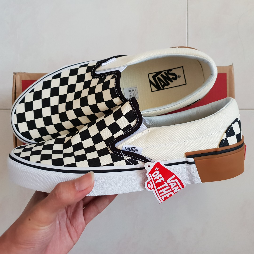 c0452a01f101 US8 Vans Checkerboard Slip On Gum Block Sneakers (Checker)
