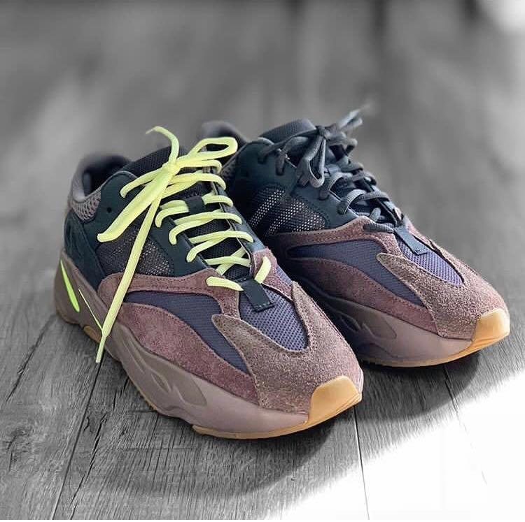 best cheap db529 24d46 US 9 Yeezy 700 Wave Runner Mauve, Men's Fashion, Footwear ...