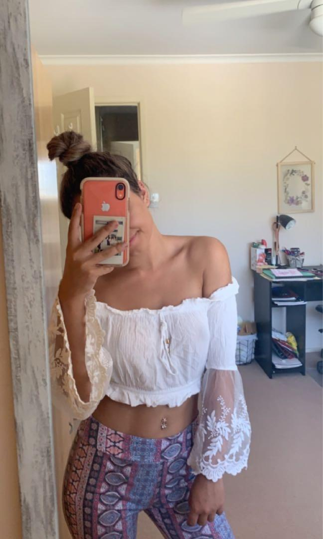 White strapless festival crop with bell, lace sleeves