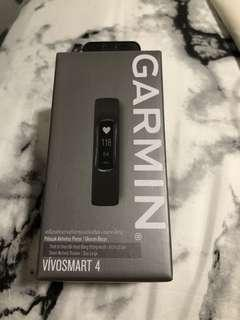 Garmin VivoSmart 4 Smart Activity Tracker