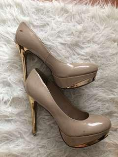 Gold Stilettos, Size 7.5