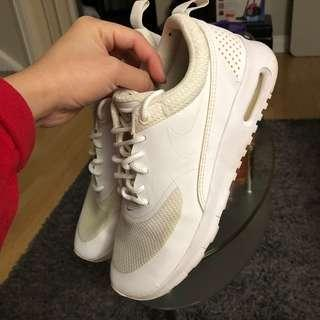 Nike Air Max Thea Size 4Y