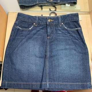 TOMMY HILFIGER 厚牛仔短裙(二手)