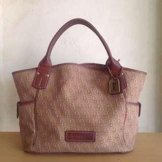Original Dooney And Bourke Large Signature Bag