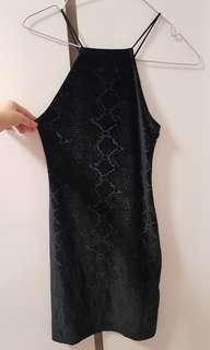 🚚 BN H&M SNAKE PRINT HALTER DRESS - US2