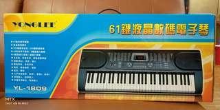 全新 61鍵液晶數碼電子琴 降價囉