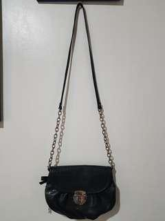 Slightly Used AUTHENTIC Nine West Lesther Sling Bag