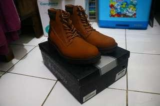 Playboy ORI Leaher boots