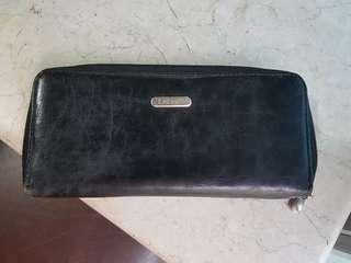 Pre-loved CABRELLI Black Leather Wallet