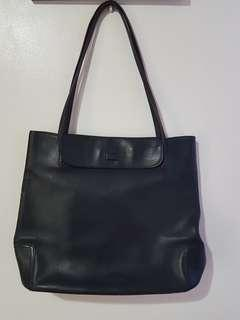 MAXX New York Pure Leather Bag