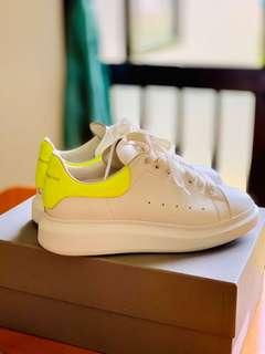 🚚 💯 authentic and excellent condition Alexander Mqueen Sneakers