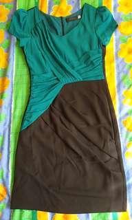 Black and green dress ( Hue XS)