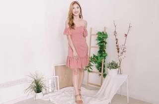 🌸 [CNY SALE] Derri Off Shoulder Button Dress in Pink
