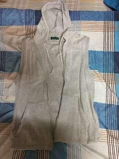 Bossini sleeveless hoodie size is small