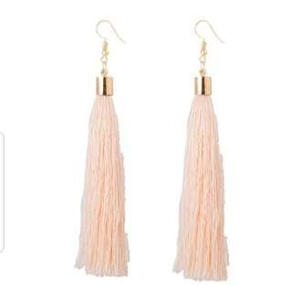 🚚 Pink Tassel Earrings