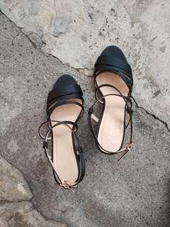 Pre-loved Black Zalora Strappy Heels