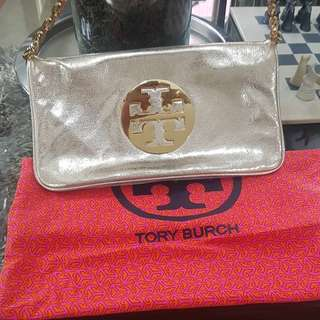 2cbbcb77cd57 Tory burch sling
