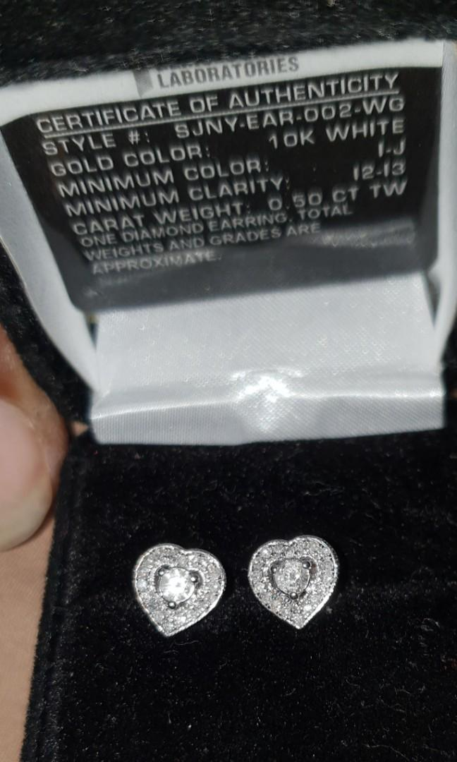 10k white gold diamond earring with 1.200ctw natural diamonds valued at $8000 with certificate of authenticity IGL