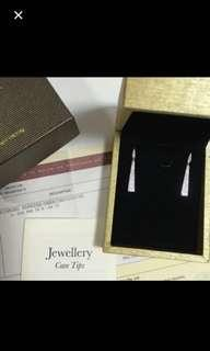 Stunning Poh Heng diamond dangling earrings box