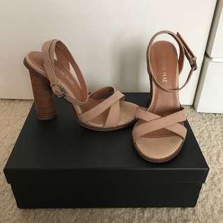 Alias Mae Abella Block Heels Size 37