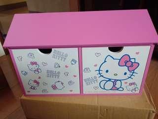 🚚 Hello  Kitty 收納盒