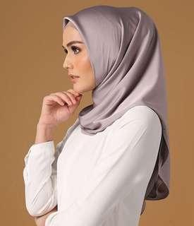 Hijab Mulberry segiempat by Heaven_Lights