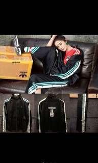 🚚 adidas Originals P.O.D. System 收購 外套