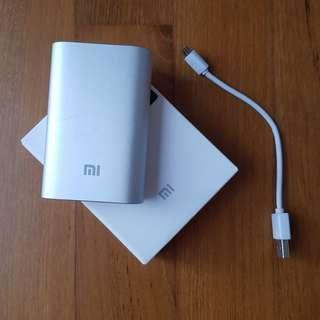 New Xiaomi Mi Power Bank (with 10000mAh capacity!!)