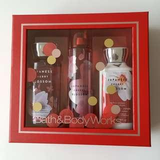 Bath & Body Works Japanese Cherry Blossom Set