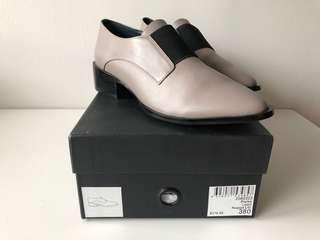 Leather work shoes