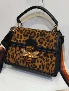 Leopard Bee - bag