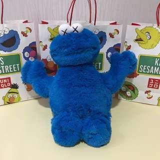Uniqlo X Sesame Street X Kaws Cookie Monster