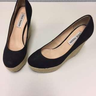 *MARKED DOWN from 2,500* Steve Madden Black Espadrille Wedge Pumps