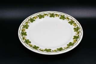 德國Eschenbach Porzellan Bayreuth葡萄藤飾邊白色蛋糕碟/早餐碟 ﹙直徑19.3cm,可買1對$500﹚