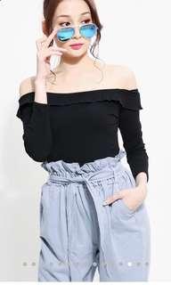 Off shoulder long sleeve top