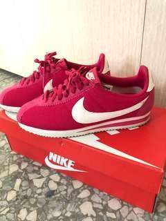 🚚 Nike 阿甘 桃紅 白 麂皮 尼龍 休閒鞋 運動鞋 布鞋 23