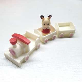 Sylvanian Family figurine from capsule machine